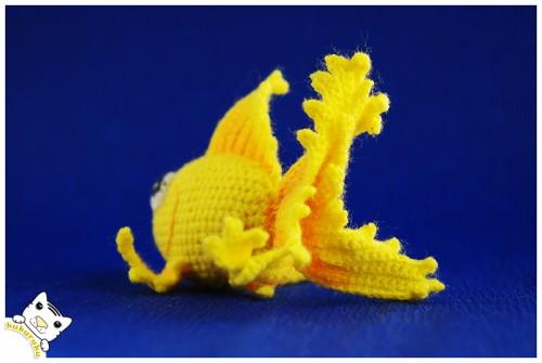 amigurumi, crochet, keychain, pakabukas, goldfish, auksinė žuvelė