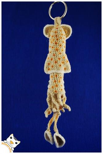 amigurumi, crochet, squid, keychain, kalmaras, pakabukas